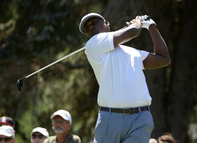Vijay Singh shot a 1-under 69. He won the 2004 Canadian Open in a playoff over Mike Weir.