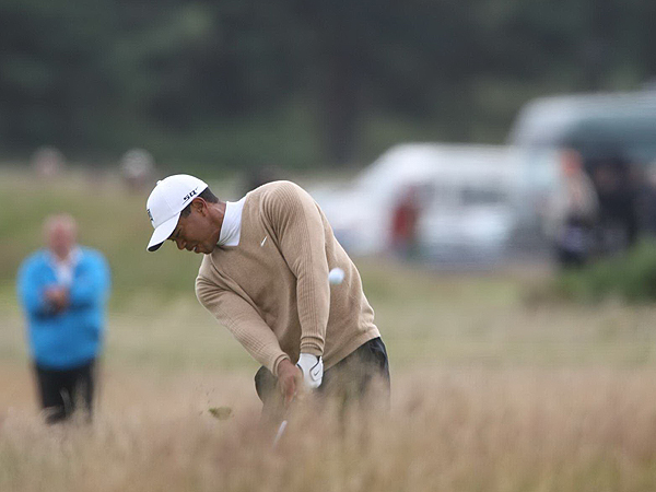 Woods was not as accurate with his driver on Friday as he was on Thursday. He hit only 5 of 15 fairways, as opposed to 12 of 15 in the first round, and found the deep rough several times.