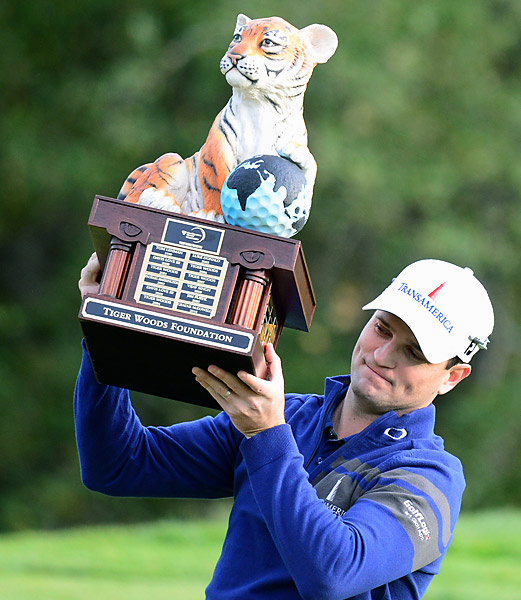 Zach Johnson won his first World Challenge title, defeating tournament host Tiger Woods in a dramatic sudden death playoff.
