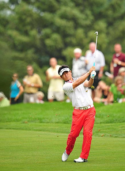 shot Saturday's low round, a five-under 67, to get to six under for the tournament.