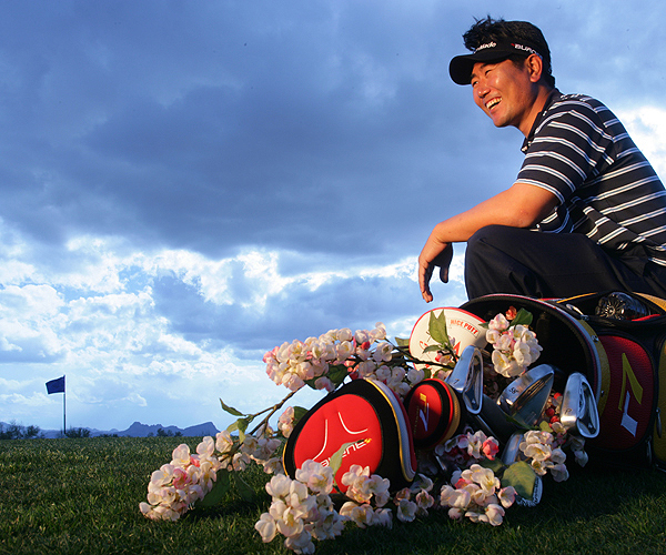 Yong-Eun Yang                       AGE: 35                       LIVES: Seoul                       TICKET TO AUGUSTA: Top 50 World Ranking                        FLOWER: Carolina Cherry (9th Hole)                                               If it comes down to Yang and Tiger Woods at Augusta, Yang can draw on November's HSBC Championship in Shanghai, where he held off Tiger for a two-shot win.