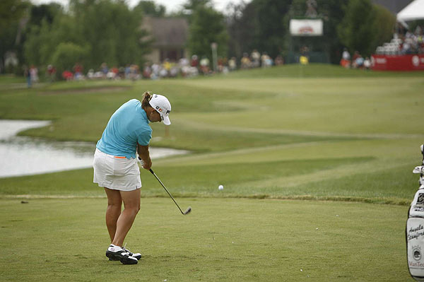 Angela Stanford opened her round Sunday with four-straight birdies. She went on to shoot 67.
