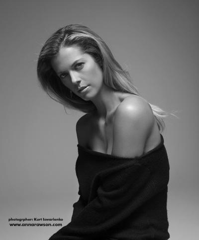 Rawson has a portfolio of modeling photos on her Web site.