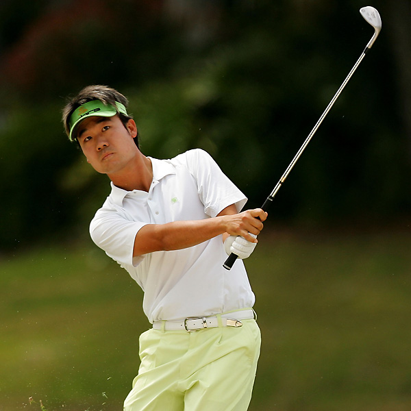 After a five-under 66, Kevin Na found himself one shot off the lead and in the final group with Kelly and Els.