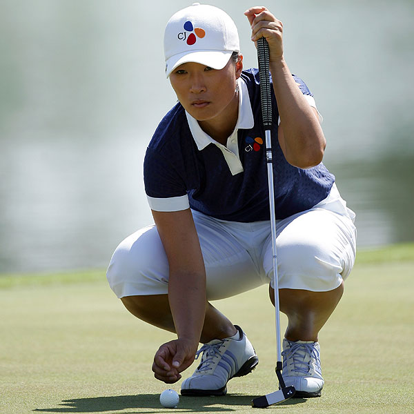 Se Ri Pak started the day tied for the lead, but after eight bogeys she found herself tied for 10th.
