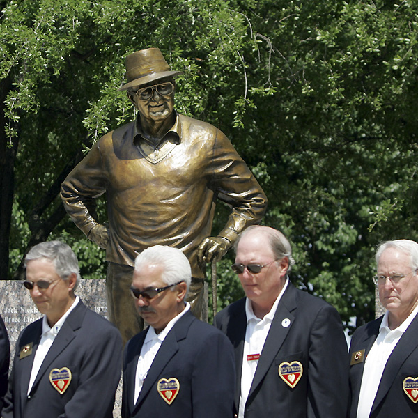 The third round was stopped for a moment of silence to honor Byron Nelson, who died in September at the age of 94.                                              • Byron Nelson: His Last Interview