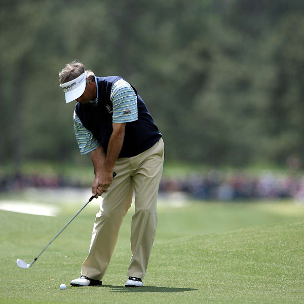 Fred Couples, the 1992 champion, finished with a double bogey on the 18th for a 4-over 76.