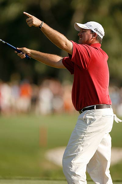 Final Round of the Verizon Heritage                             Boo Weekley successfully defended his title at Harbour Town. He finished at 15 under par.