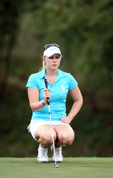 Morgan Pressel made three birdies and a bogey for a 71.