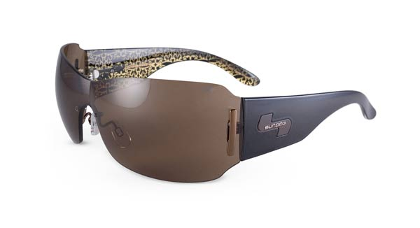 Mother's Day Gift Ideas for the Casual Golfer                                              Sundog Eyewear - Paula Creamer Sunglasses                                              One of the LPGA's young stars, Paula Creamer, has designed a line of sunglasses for Sundog Eyewear that look great on or off the course.                       $80.00 on golfgalaxy.com