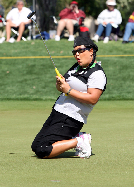 Kim made six birdies and three bogeys for a 69.