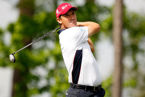 Padraig Harrington moved into contention with a 5-under 67.