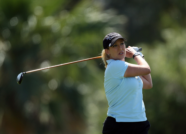 Cristie Kerr remained one shot behind the lead after she got several lucky breaks and finished with a 70.