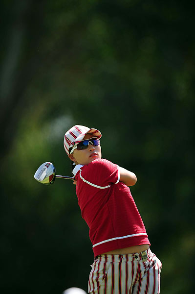 Se Ri Pak finished with two straight birdies for a 70.
