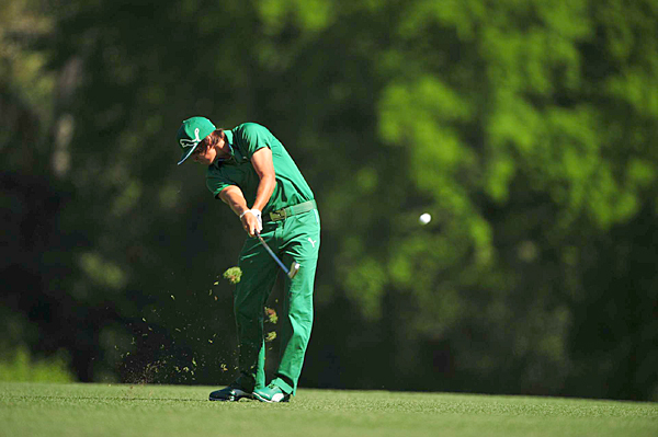 Rickie Fowler birdied four of the last five holes to shoot a 2-under 70.