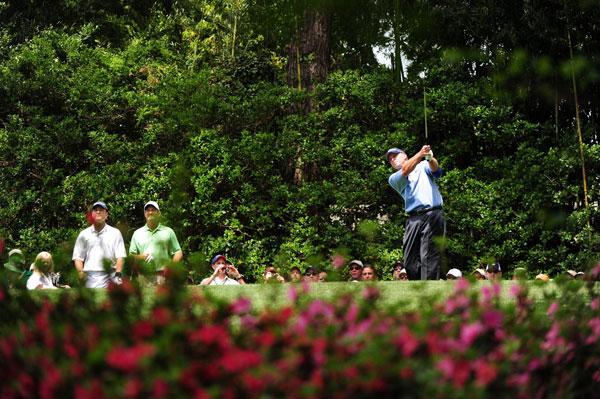 shot 3-under par on the nine-hole course.