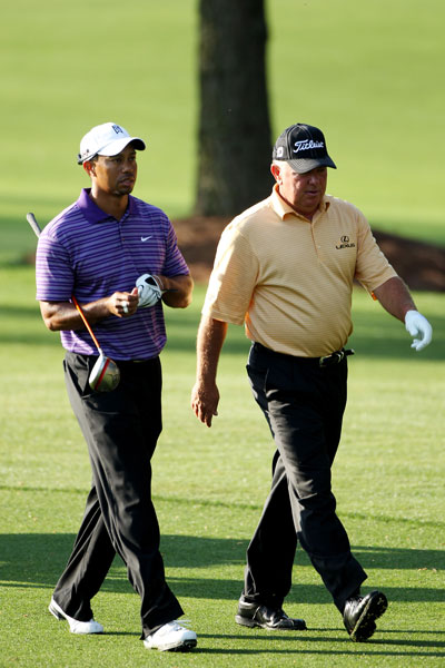 For the second straight day, Woods played with his good friend Mark O'Meara.