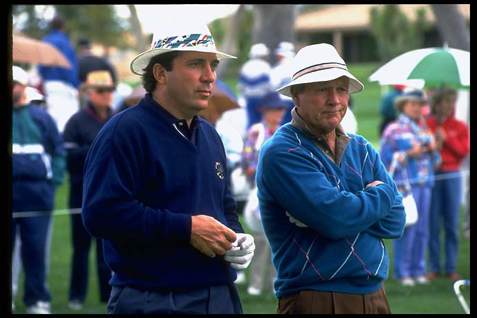 Johnny Bench and Arnold Palmer at the 1994 Bob Hope Chrysler Classic in Indian Wells, Calif.