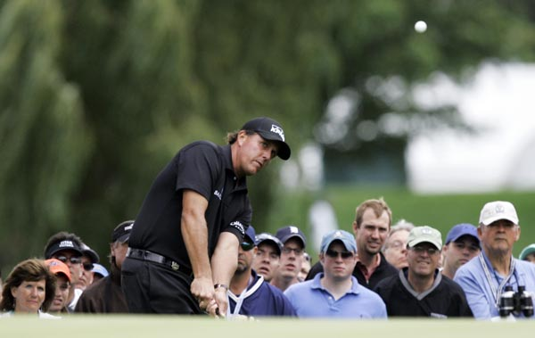 Phil Mickelson started strong with three-straight birdies on the front nine. An even-par final round left him T7.