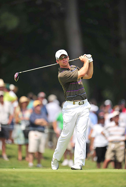 Justin Rose shot a 74 that included four bogeys and a double bogey.
