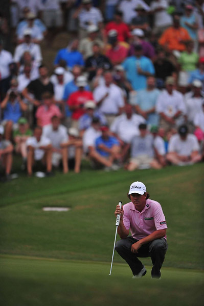 Dufner then made a bogey of his own at 15, followed by bogeys at 16 and 17.