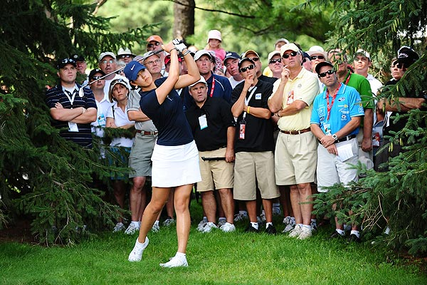 Michelle Wie shot 69 in the third round. She is at two under par.