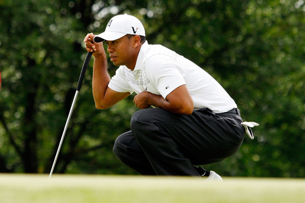 Woods made eight birdies and one bogey.