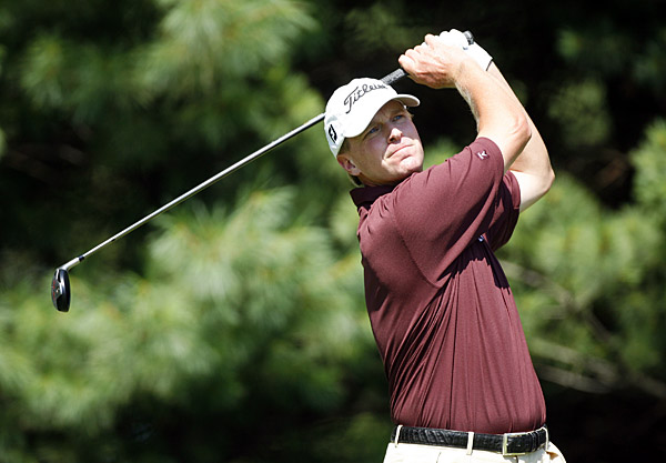 Second Round of the BarclaysSteve Stricker made five birdies and an eagle for a seven-under 64.