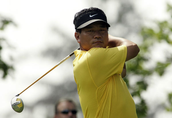 K.J. Choi, the second-round leader, birdied 17 and 18 to move within one of Stricker.