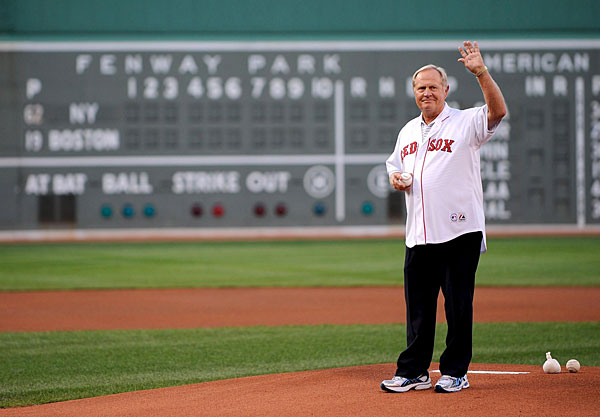 Jack Nicklaus also threw out the first pitch at a Red Sox/Yankees game at Fenway Park in July 2008.