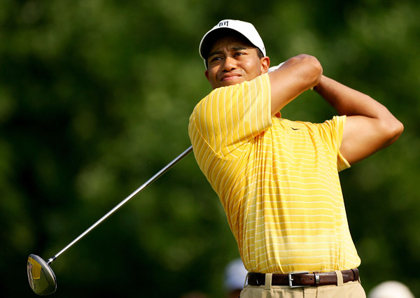 Tiger Woods, a five-time champ at Firestone, had four birdies and two bogeys for a first-round 68.