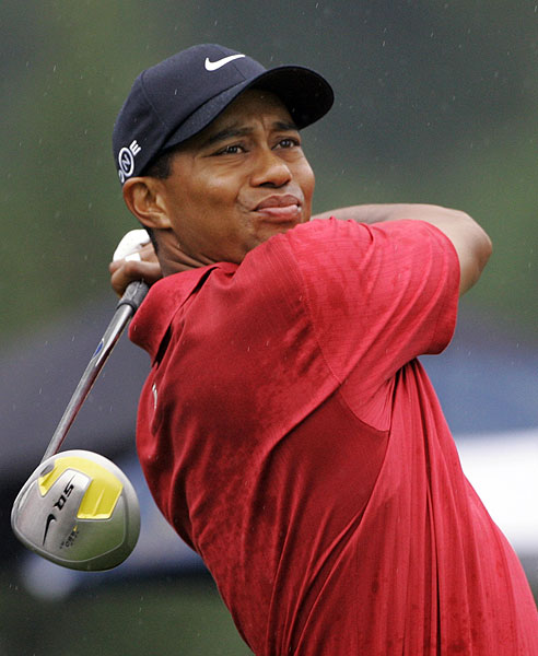Woods started the final round one stroke behind Rory Sabbatini.