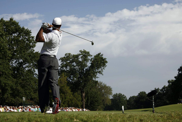 "Woods shot a two-under 33 on his first nine holes but made four bogeys on his second nine to shoot one-over 71. ""I felt like I hit the ball better than my score indicates, which is good,"" Woods said. ""That's a good sign heading into the next three days."""