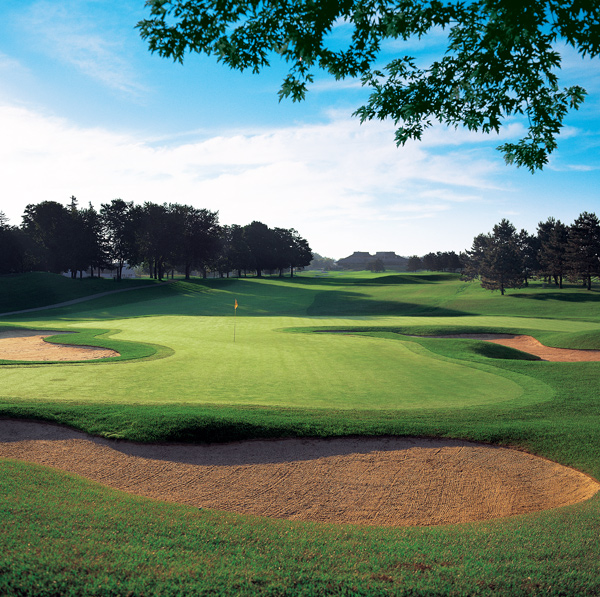 Glen Abbey Golf Club                 Ontario, Canada                 $120-$235                 en.clublink.ca                                  Frequent home to the PGA Tour's Canadian Open since the course debuted in 1976, this early Nicklaus solo effort is best known for its watery valley holes and a superb risk/reward par-5 closer, where Tiger Woods hit the shot of his life to win the 2000 event.