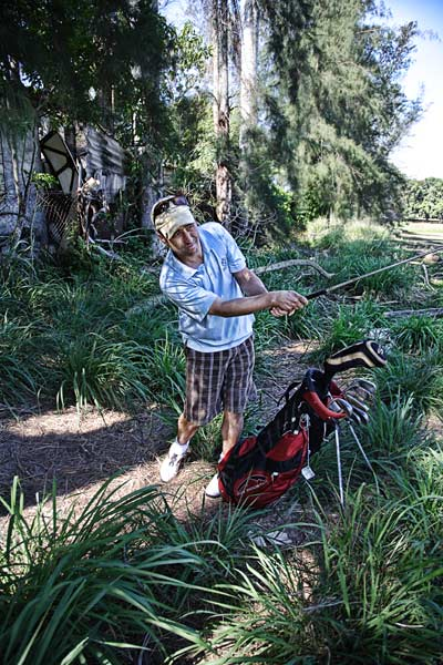 Josh Sens, the author of the Golf Magazine article about Golf in Cuba, golfing at the Havana Golf Club.