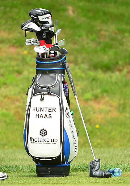 Hunter Haas uses Titleist 712 AP2 irons.