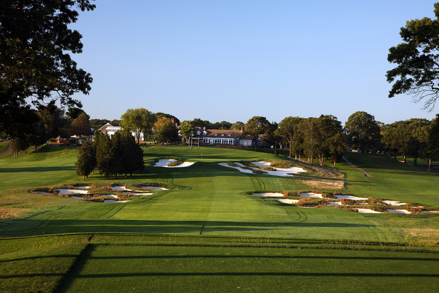 Golf Magazine's list of the best public courses contains many bargain courses if you know when to go. Here are the best bang-for-your-buck courses.                                                      Bethpage State Park (Black) -- Farmingdale, N.Y. -- nysparks.com                            -- $78 (Twilight, Non-N.Y. Resident)                           -- $65 (Weekday, Resident), $39 (Weekday Twilight, Resident)                           -- $75 (Weekend, Resident), $45 (Weekend Twilight, Resident)