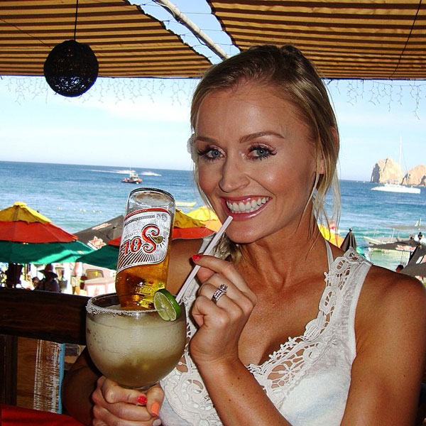 @BLAIRONEAL: Happy Cinco de Mayo!!! #margarita #cincodemayo
