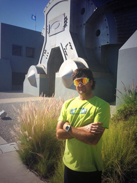 @bubbawatson: Great day at @oakley ! Got the retro glasses today!! #GameChanger