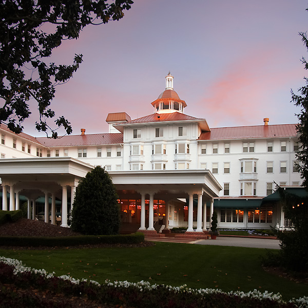 The Carolina hotel is one of the most recognizable buildings in American golf and is the center of life at Pinehurst Resort.