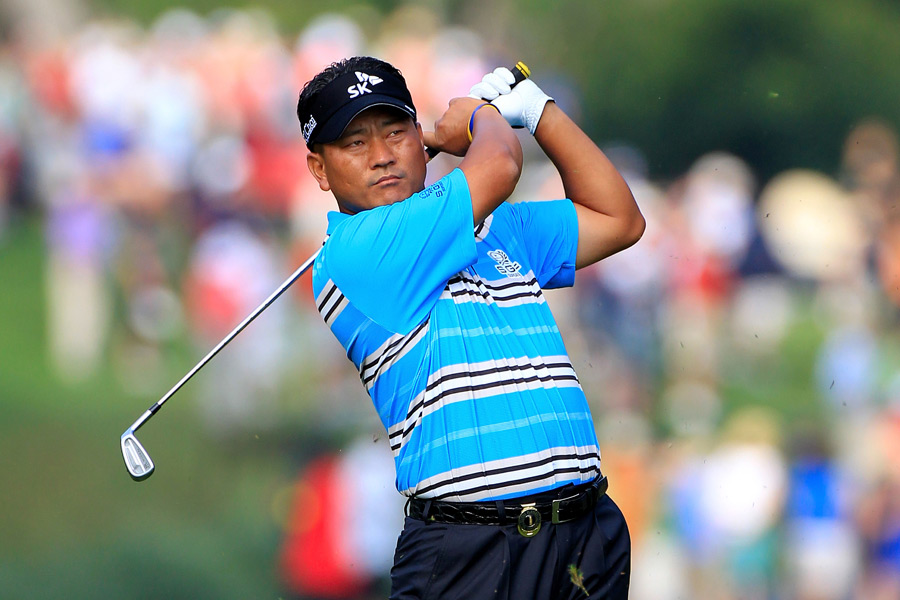 Defending champion K.J. Choi struggled to a three-over 75.