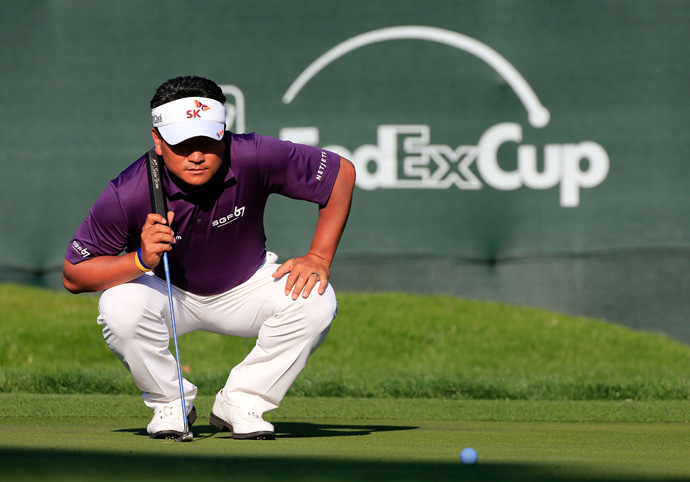 K.J. Choi is tied for second after a four-under 67.