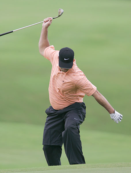 Chris Couch took out his frustration on a wedge during the 2007 Mercedes Benz Championship.