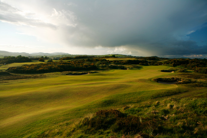 "Royal County Down (No. 6 on Top 100 Courses in the World: ""Stunning scenery and a fantastic test of golf.""                                              More Top 100 Courses in the World: 100-76 75-5150-2625-1"