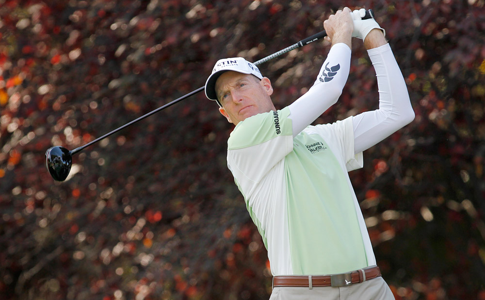 Jim Furyk made bogey at 17 and 18 to drop to one under.