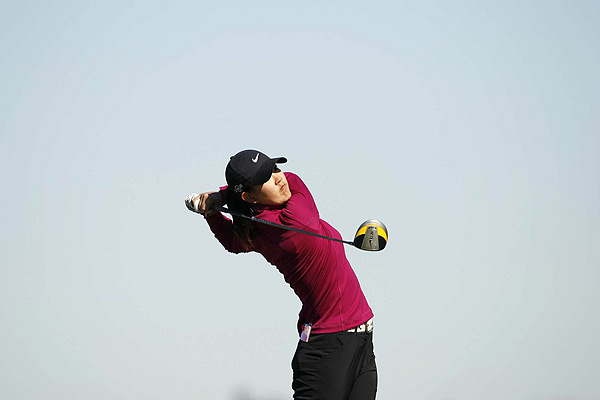 Wie's comeback continued when she earned her LPGA Tour card at Q-school in December 2008.