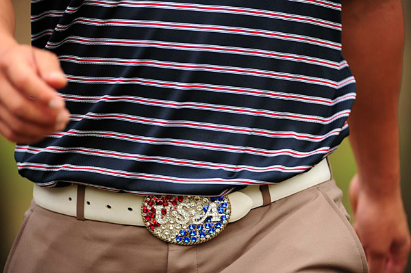 Buckle Up!                           Big brassy belt buckles were all the rage in '08. Match the tour pro with the buckle.