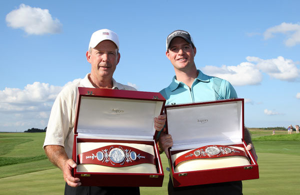 Larry Nelson and son Josh earned prizes fit for a heavyweight at the 2008 Del Webb Father Son Challenge.