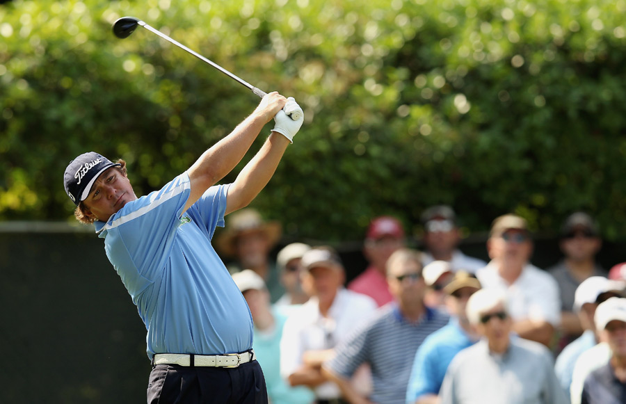 Jason Dufner, who has won twice in the last four weeks, has the lead again after a bogey-free 64 on Friday.