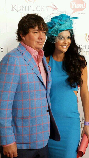 @pgaofamerica: .@JasonDufner wife Amanda enjoying their time at the @KentuckyDerby today. #dufnerderby